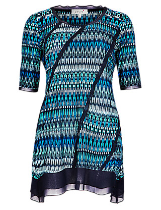 Chiffon Panelled Geometric Print Tunic with Stretch Comfort Clothing