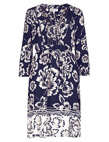 Silhouette Floral Shift Dress