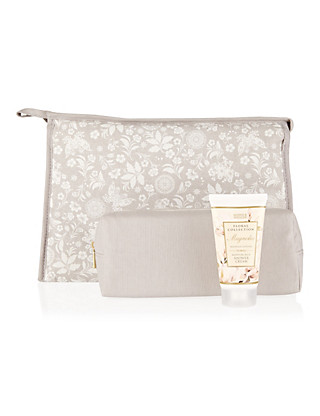 Magnolia Weekender Bag Gift Set Home