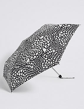 Heart Print Umbrella with Stormwear™