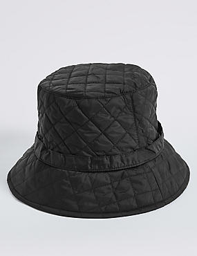 Quilted Popper Strap Winter Hat