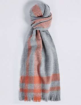 Soft Touch Border Scarf