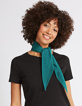 Pleated Scarf, TEAL, catlanding