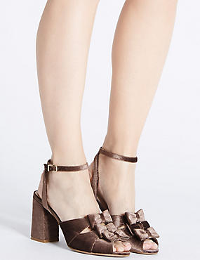 Block Heel Bow Sandals
