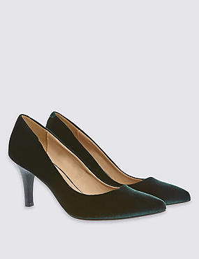 Pointed Toe Court Shoes with Insolia®