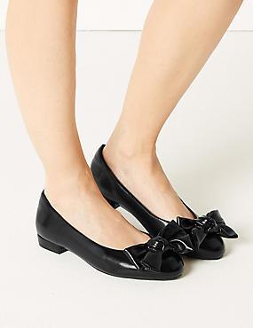 Extra Wide Fit Bow Ballet Pumps, BLACK, catlanding