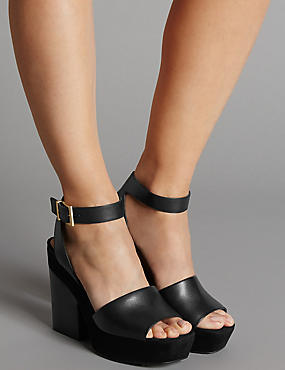 Leather Block Heel Sandals with Insolia®