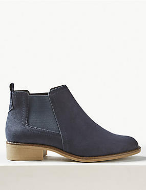 Chelsea Ankle Boots, NAVY, catlanding
