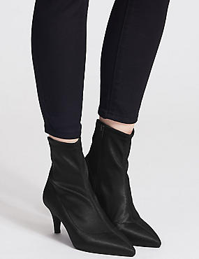 Kitten Heel Side Zip Ankle Boots, BLACK, catlanding