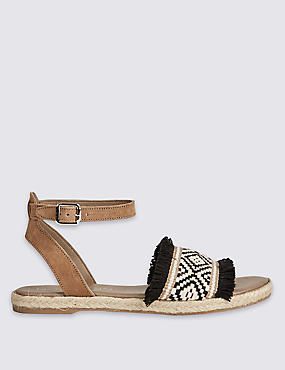Buckle Fray Detail Sandals