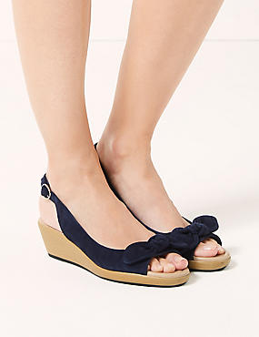 Suede Wedge Bow Sandals, NAVY, catlanding
