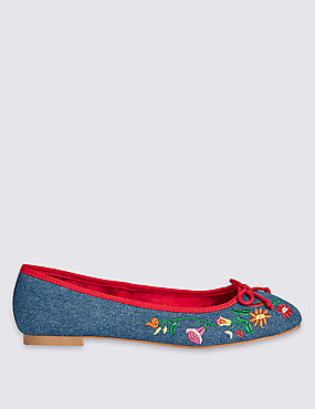 Block Heel Embroidered Pump Shoes