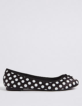 Polka Dot Ballerina Pumps