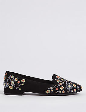 Embroidered Pumps