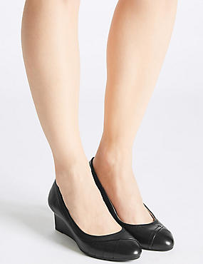 Leather Wedge Heel Pleated Pumps