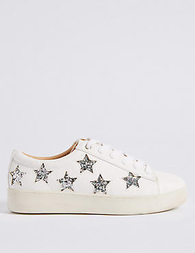Lace-up Star Trainers