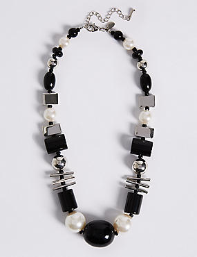 Short Mixed Shape Necklace