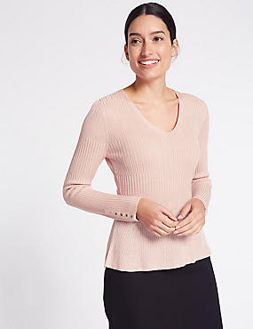 Ribbed Peplum Hem V-Neck Jumper