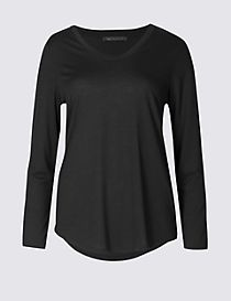 Scoop Neck 3/4 Sleeve T-Shirt