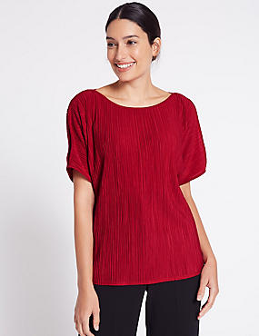Plisse Slash Neck Split Sleeve T-Shirt