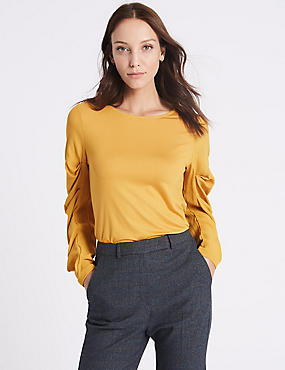 Round Neck Ruched Sleeve T-Shirt