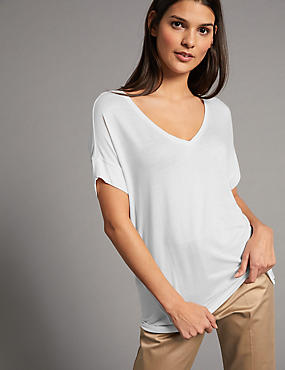 V-Neck Short Sleeve T-Shirt with Silk