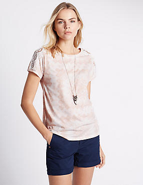 Loose Fit Patch Work Burnout Top