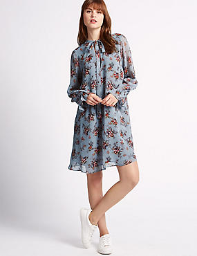 Swing Fit Floral Print Neck Dress