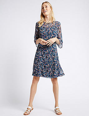Ditsy Print Flared Sleeve Swing Dress