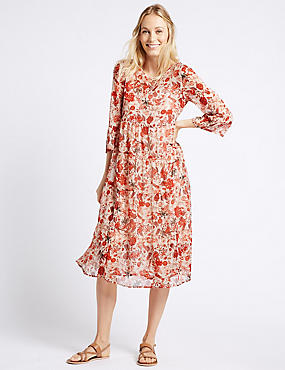Floral Print Tiered 3/4 Sleeve Midi Dress