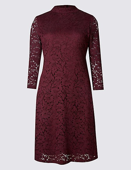 Lace Detailed 3/4 Sleeve Swing Dress