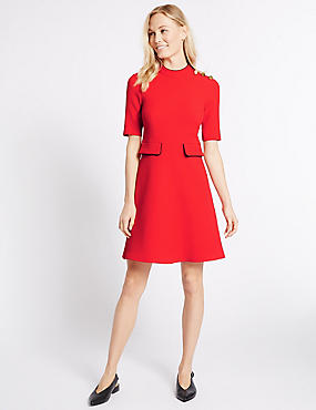Contrasting Edge Button Skater Dress