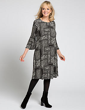 Round Neck Tile Print Dress