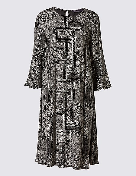 Tile Print 3/4 Sleeve Shift Dress