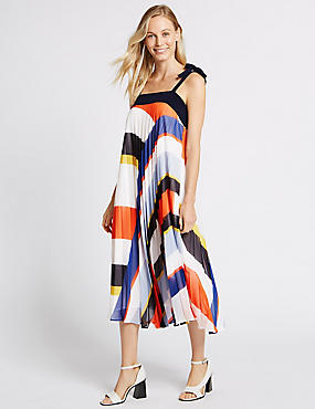 Printed Plisse Shift Midi Dress
