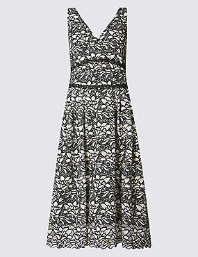 Floral Lace Sleeveless Skater Dress