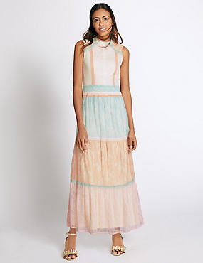 Colour Block Lace Layered Maxi Dress
