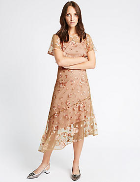 Embroidered Short Sleeve Midi Dress