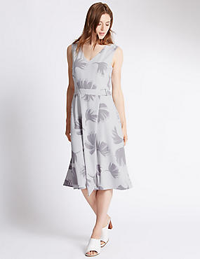 Tailored Fit Palm Print Belted Shift Dress