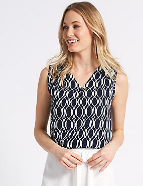 Geometric Print V-Neck Shell Top