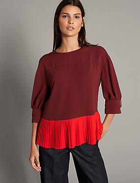 Pleated Round Neck 3/4 Sleeve Blouse