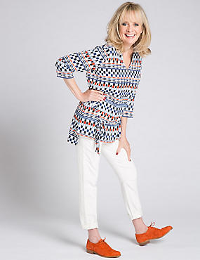 Printed V-Neck 3/4 Sleeve Tunic with Belt