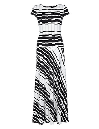 Round Neck Striped Maxi Dress Clothing