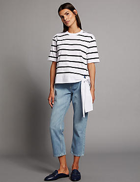 Mid Rise Straight Cropped Jeans