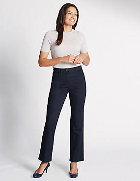 Ultimate Fit Straight Jeans