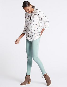 Mid Rise Super Skinny Jeans, PALE JADE, catlanding