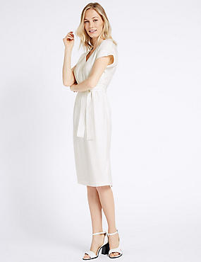 Contrast Stitch Belted Shift Midi Dress