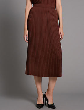 Tailored Fit Pleated Midi Skirt