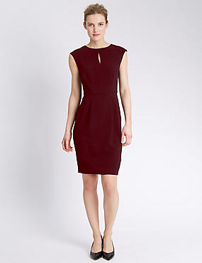 Sleeveless Crêpe Shift Dress