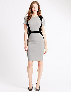Tailored Fit Fuller Bust Shift Dress
